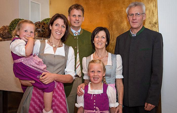 Familienbild: Geschäftsführung im Bio- und Landhotel Rupertus in Leogang