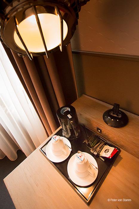 Wasserkocher im Doppelzimmer Hotel Wyndham Mannheim