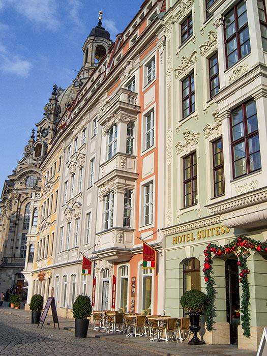 Fassade des Hotel Suitess in Dresden