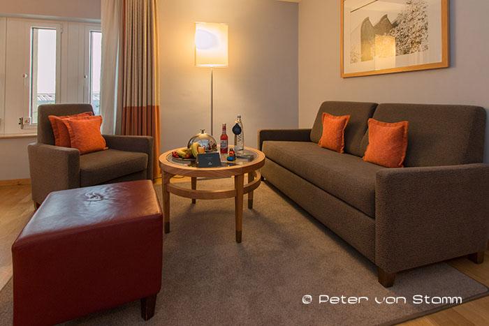 Sitzecke in der Junior Suite des Hilton Cologne