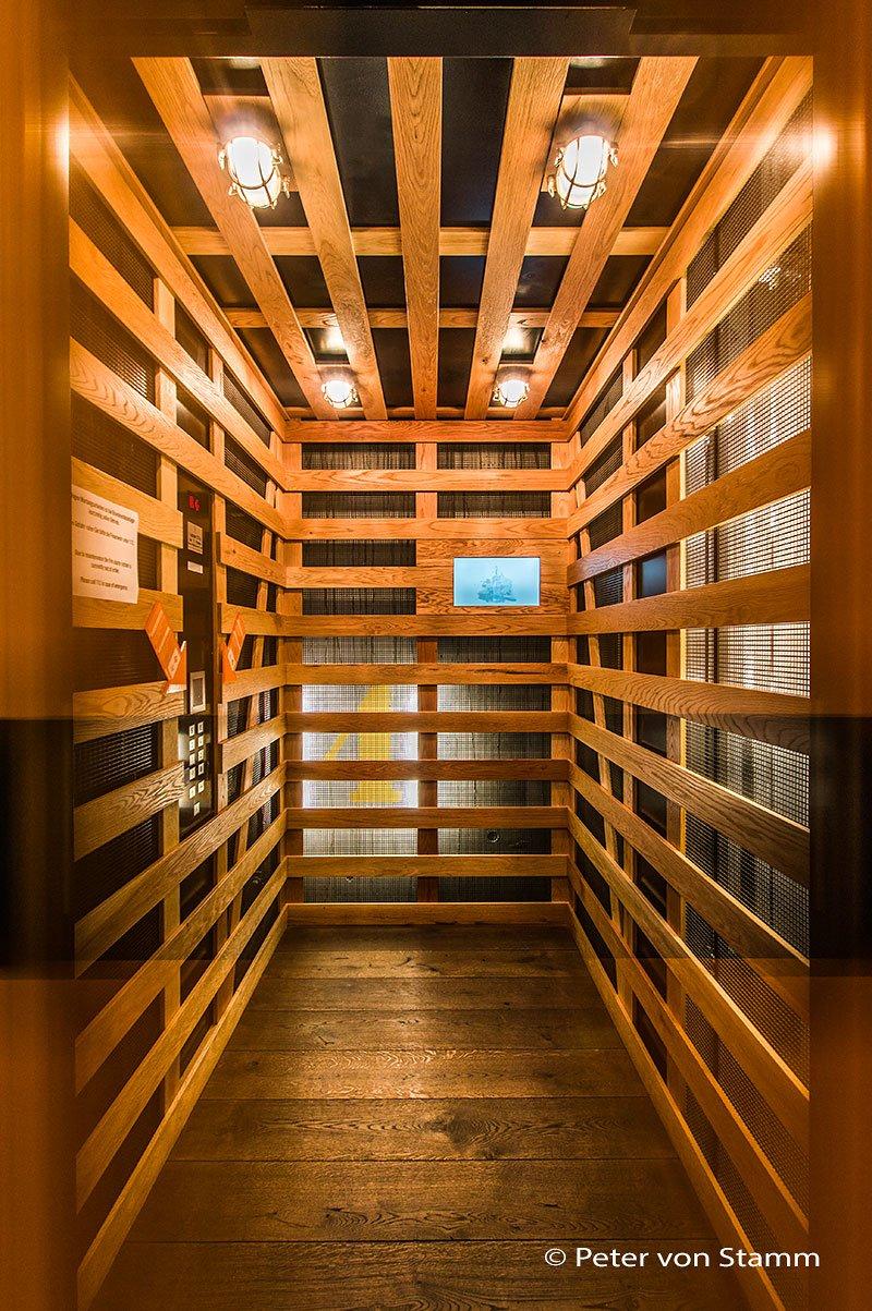 Fahrstuhl im 25hours Hotel Hafencity