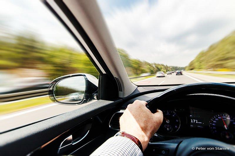 Autobahnfahrt mit dem Kia Sorento
