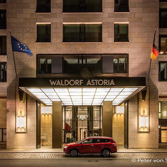 Ein Outlander in Berlin - mit dem Mitsubishi zum Waldorf Astoria