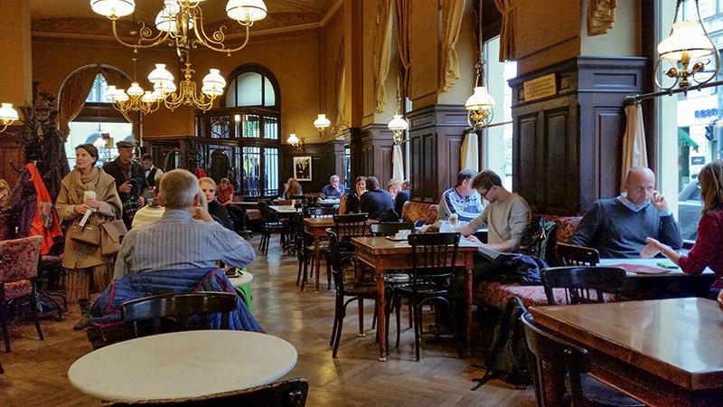 Bekanntes Cafe In Wien