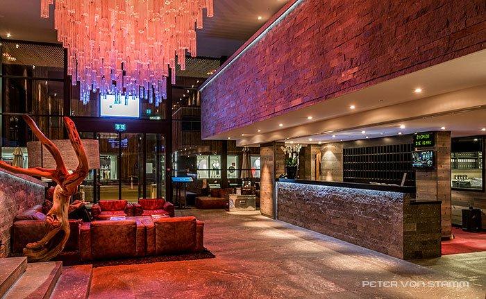 Die Lobby des Hotel Grischa Davos