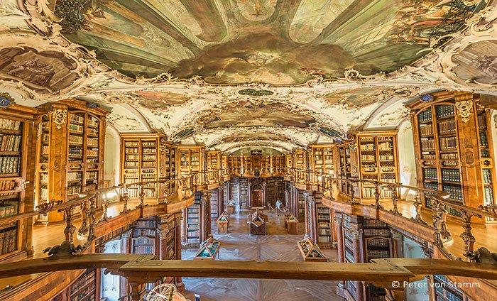 St. Gallen Stiftsbibliothek