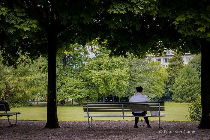 Park unweit des 5 Sterne Hotel Park Hyatt Zürich