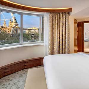 Renovierte Zimmer und Suiten im Kempinski Hotel Corvinus Budapest