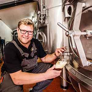 Besuch bei Basti Degen in der Brauerei Monstein
