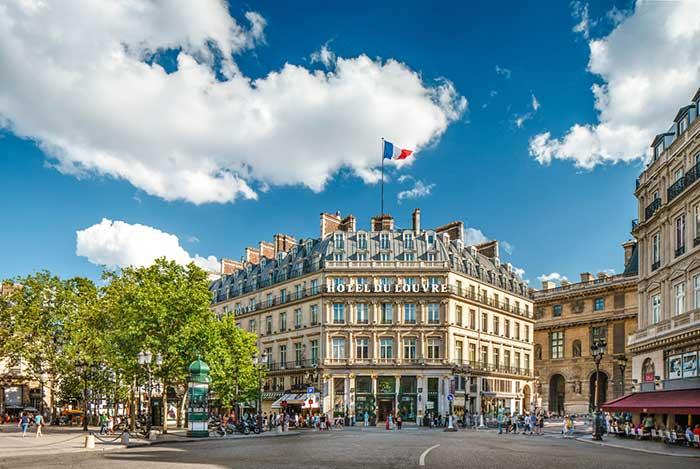 Hotel du Louvre in Paris