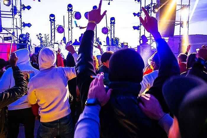 Party beim Les Dunes Electroniques Festival in Nefta -Tunesien