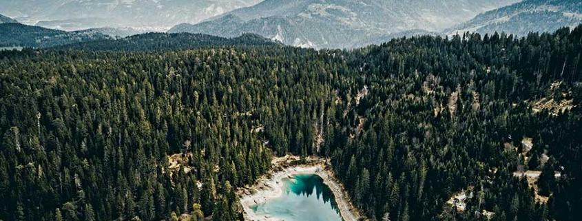 Der Caumasee in der Schweiz