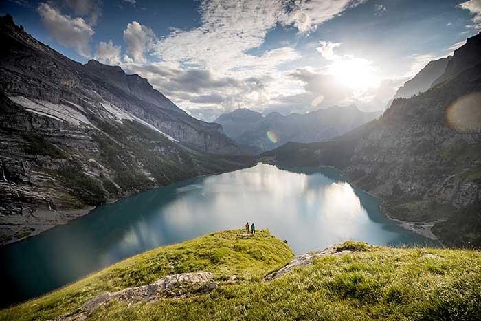Der Oeschinensee in der Schweiz